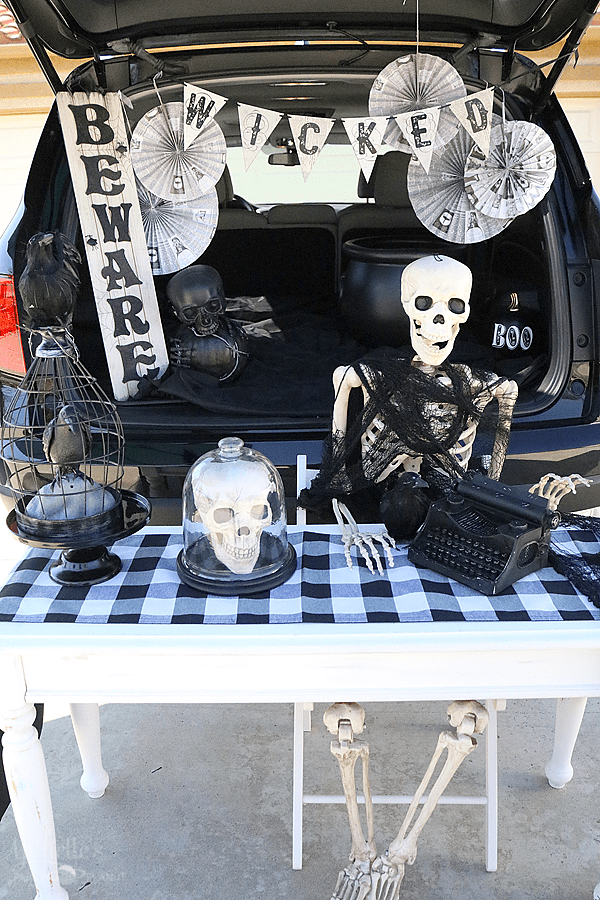 Working Dead Trunk or Treat