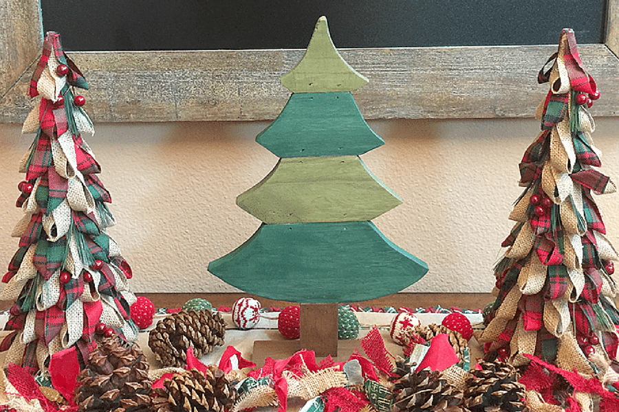 Rustic Christmas Tree Tabletop Decor