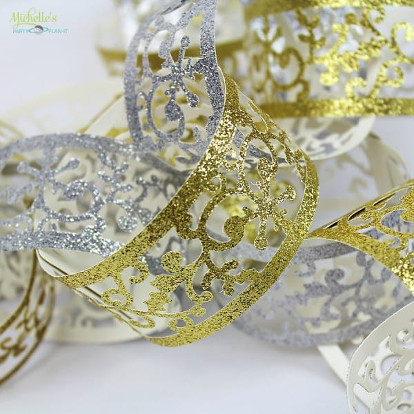 Paper Chain Party Decor - Christmas Decorations