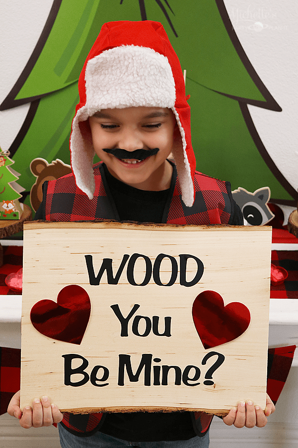 """Wood you be mine?"" Valentines Day Sign by Michelle Stewart"