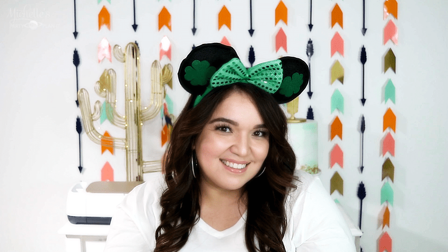 DIY Minnie Mouse Ears - St. Patrick's Day