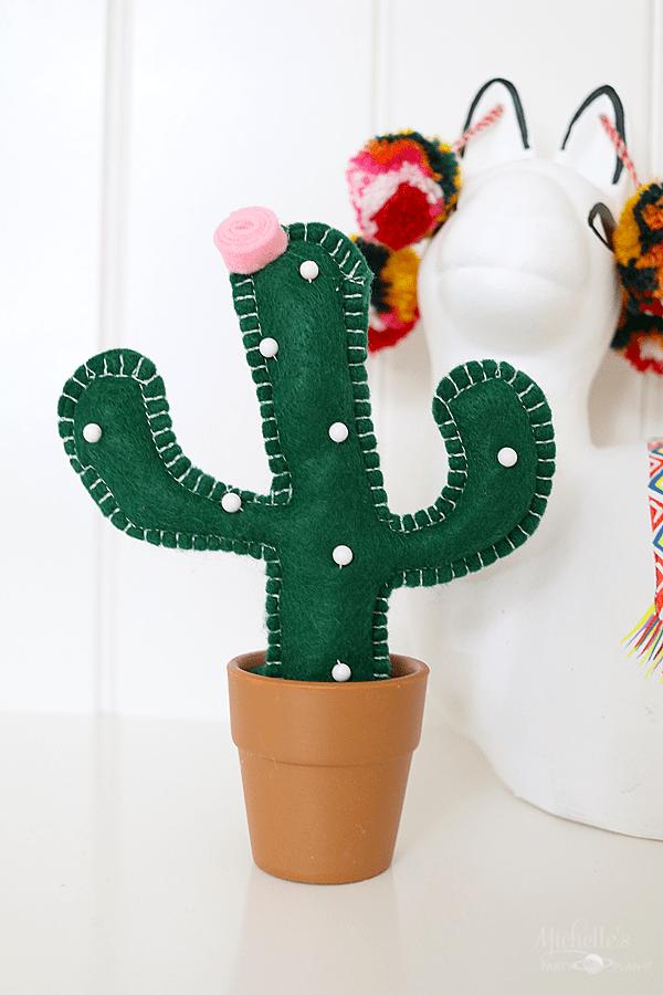 DIY Cactus Pin Cushion by Michelle Stewart