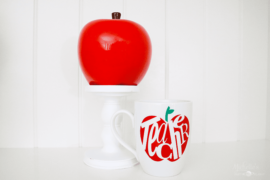 DIY Teacher Mug | Gift Idea with Cricut