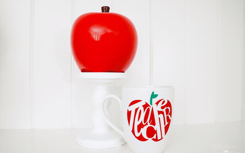 DIY Teacher Mug | Gift Idea with Cricut