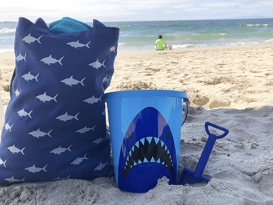 How to Make an Image Pattern in Cricut Design Space - DIY SHARK BEACH TOTE BAG by Michelle Stewart