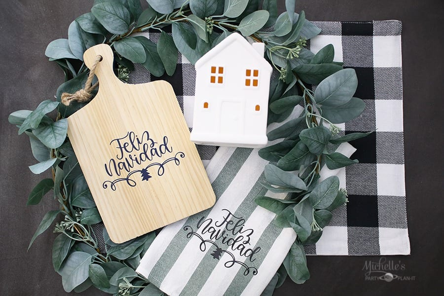 """Feliz Navidad"" DIY Christmas Gift Ideas with Cricut by Michelle Stewart"