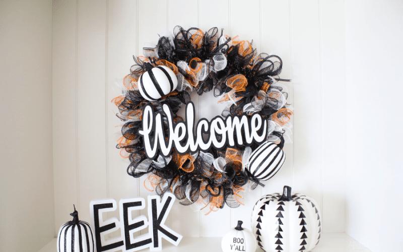 Halloween welcome wreath