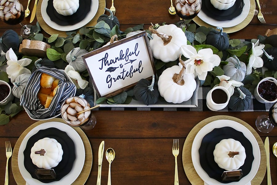 How to Host a Friendsgiving Celebration