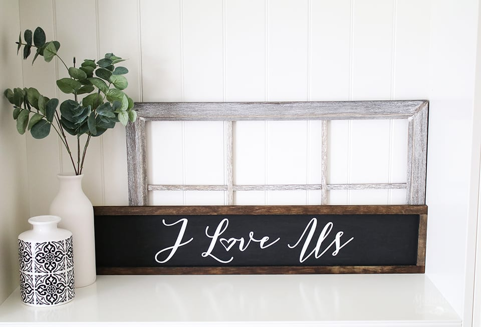 How to Make Farmhouse Signs with Cricut by Michelle Stewart