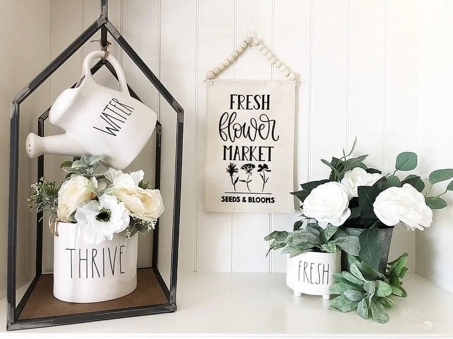 DIY Flower Market Banner with Cricut - Michelle's Party Plan-It