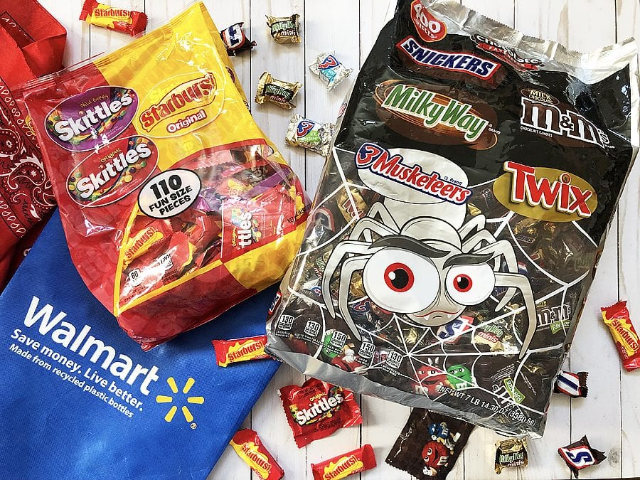 Haunted ghost town trunk or treat shoppable image