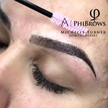 microblading Michelle Turner