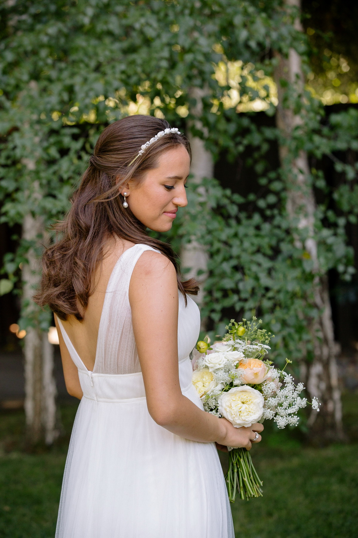 bridal portraits with trees