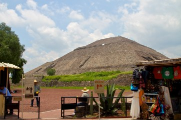seriously big pyramid