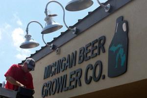 Michigan Ber Growler Co. Beverly Hills