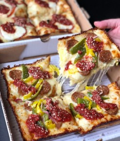 Palazzo di Pizza Royal Oak Michigan Detroit