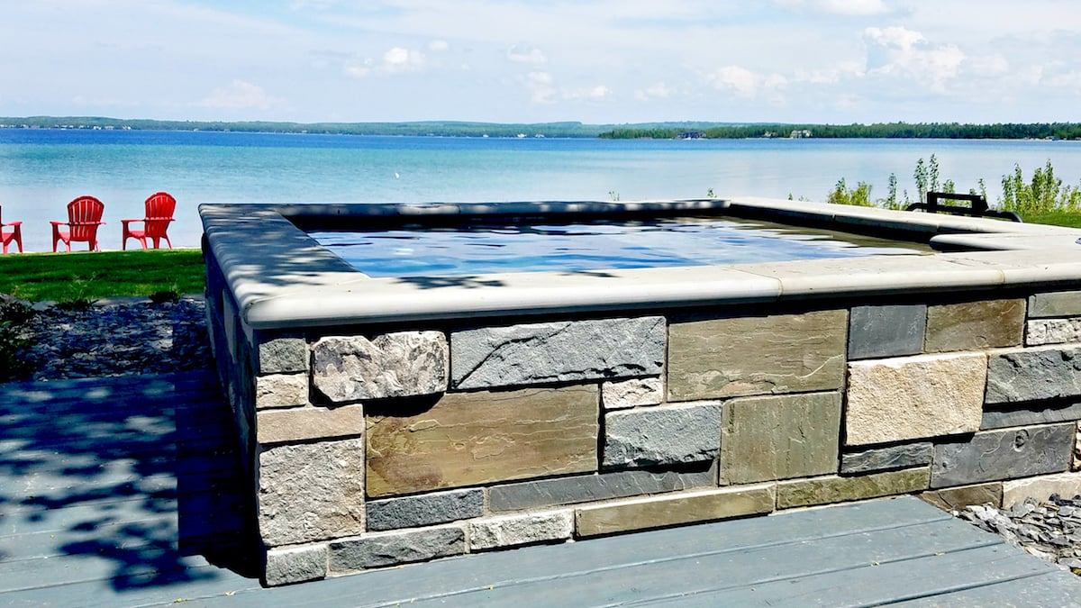Pools and Spas in Landscape - MHL Magazine
