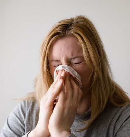 What's Behind Your Summer Sniffles? {Infographic}