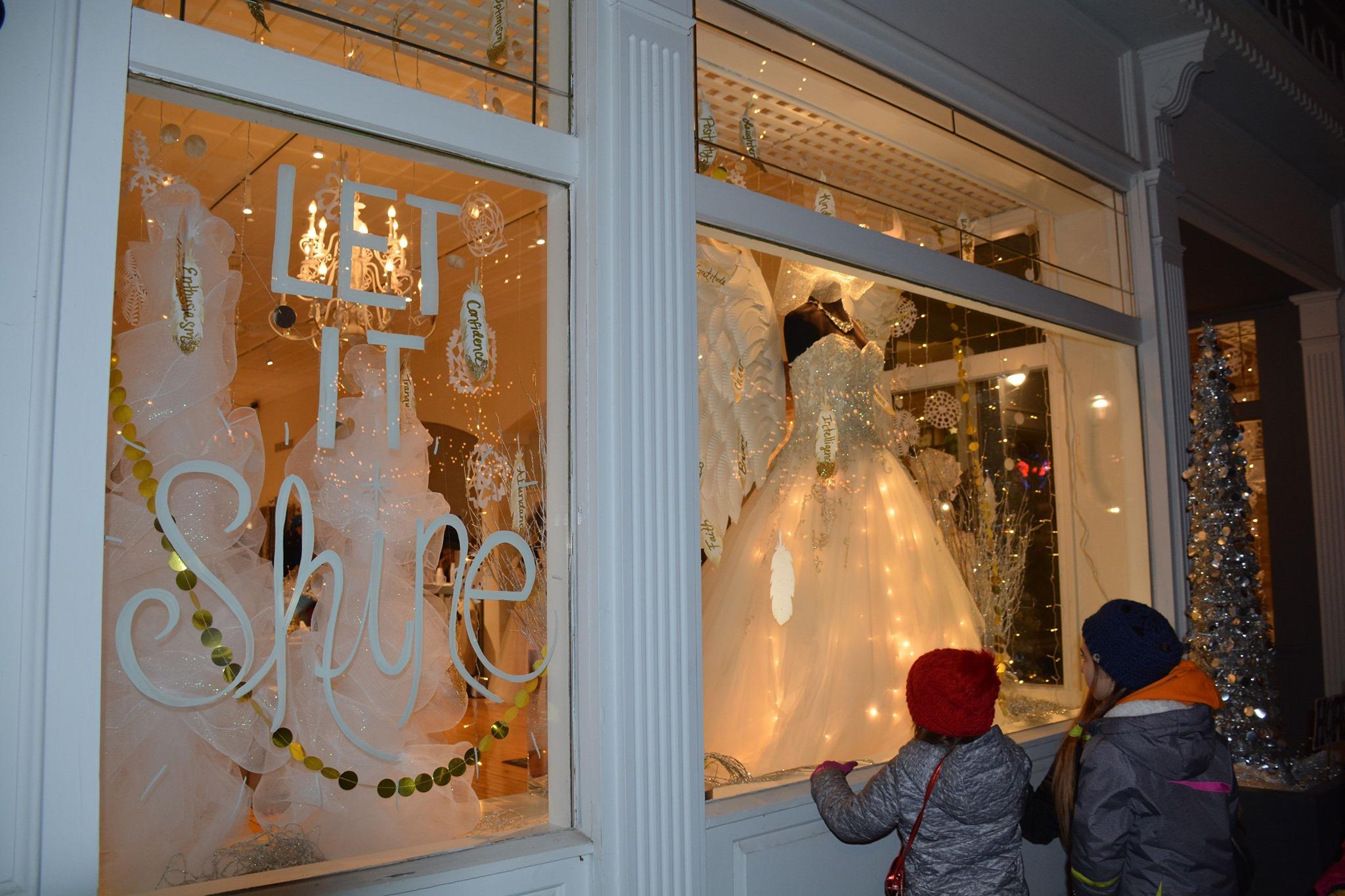 Downtown Milford Celebrates its 150th Holiday Season!