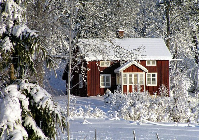 7 Tips and Tricks To Keep Your House Extra Warm Over The Winter