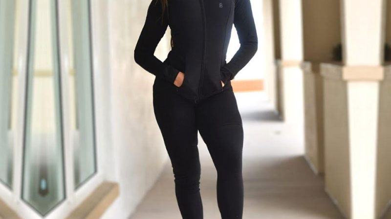 Working Out with Style: Contoured Tracksuit-Review