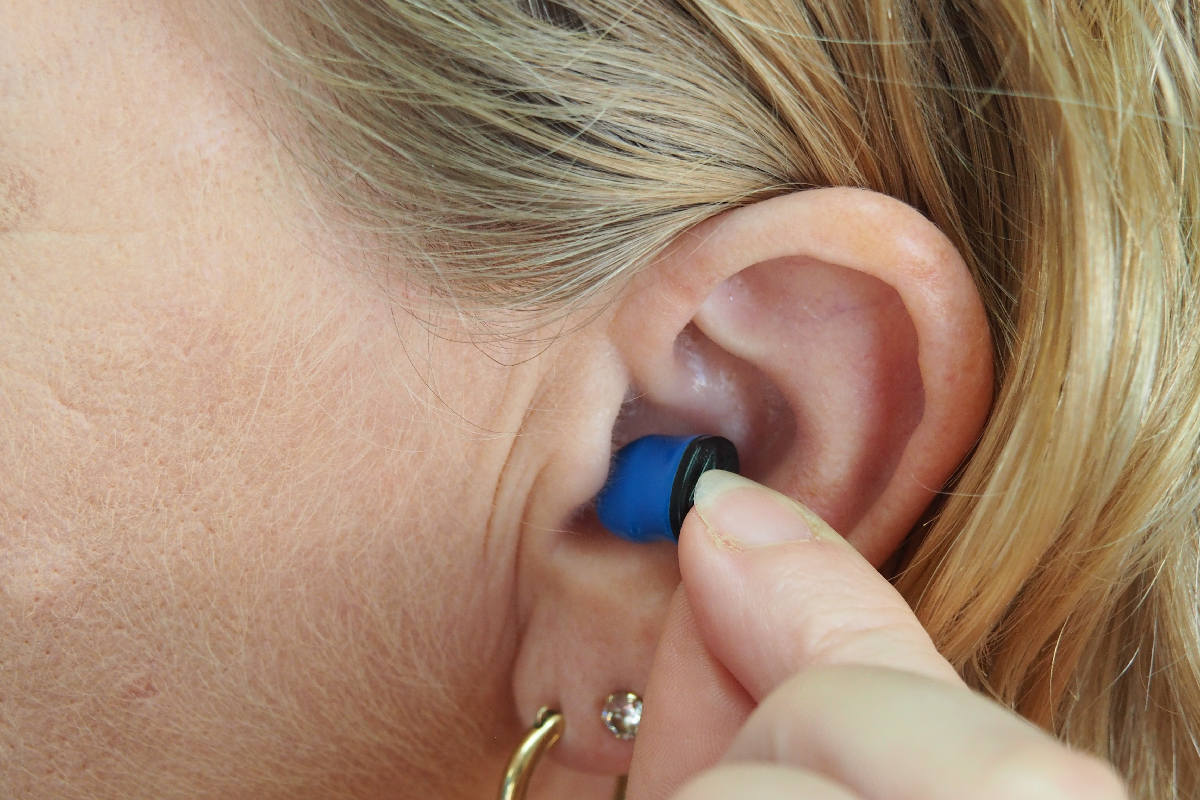 This Is How Easy It Is To Develop Permanent Hearing Loss