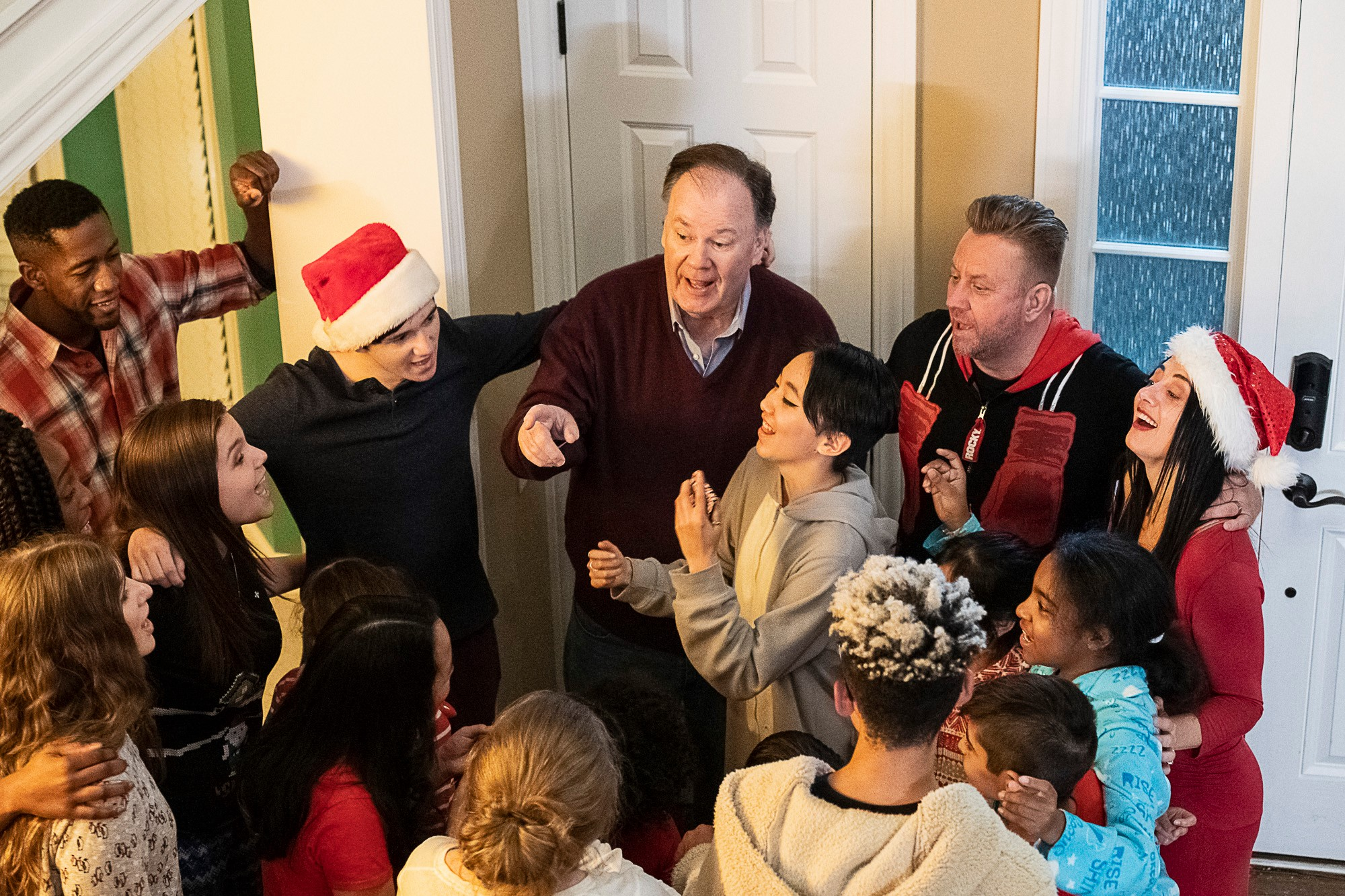 Michigan Homeschooled Teens Featured in Holiday Film, A Bennett Song Holiday!