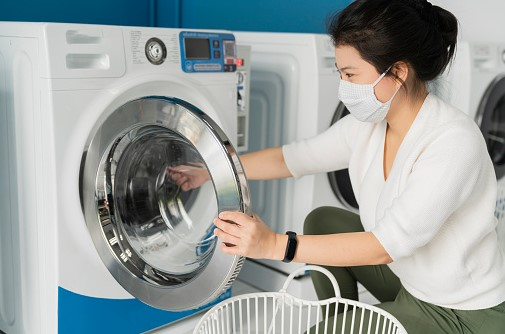 COVID Situation: Is it Safe to Go Out for Laundry Now?