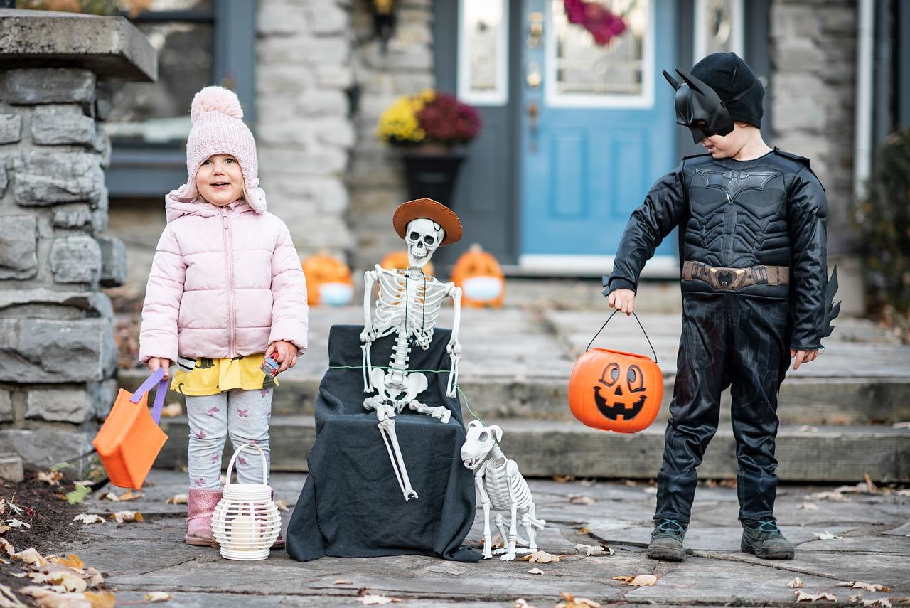 How to Keep Kids Safe on Halloween