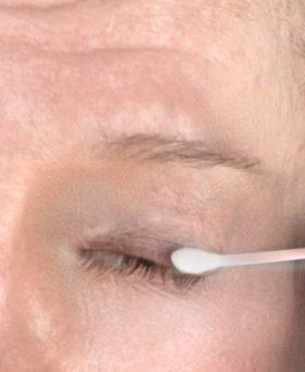 eye cleaning for crossdresser makeup false eyelashes