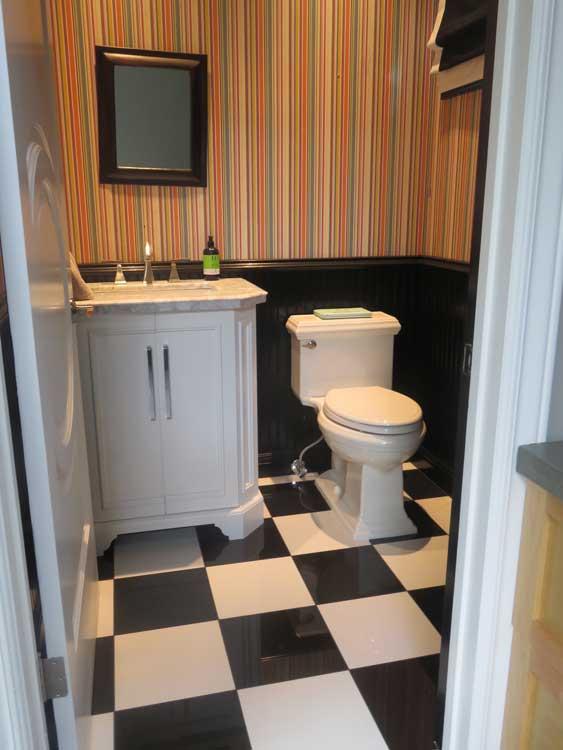 Bathroom-tiles-black-white