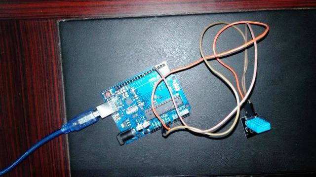 DHT11 humifity and temperature sensor with arduino