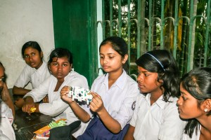 Students of Malancha High School With Foldscope - Illustrating them the focussing and LED installing techniques
