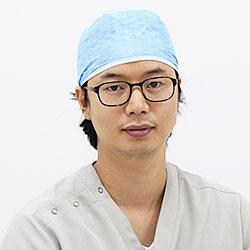 岡誠介 - おか顕微鏡歯科医院