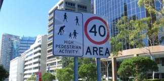 40Km hour sign