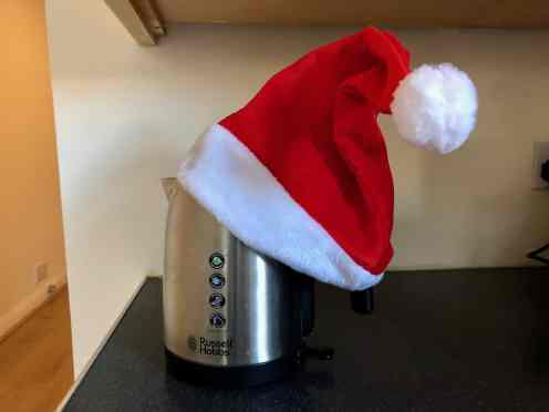 Kettle with Santa hat
