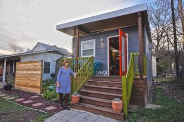 Kanga dwelling 14x20
