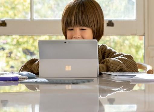 Surface Go 2 Microsoft device