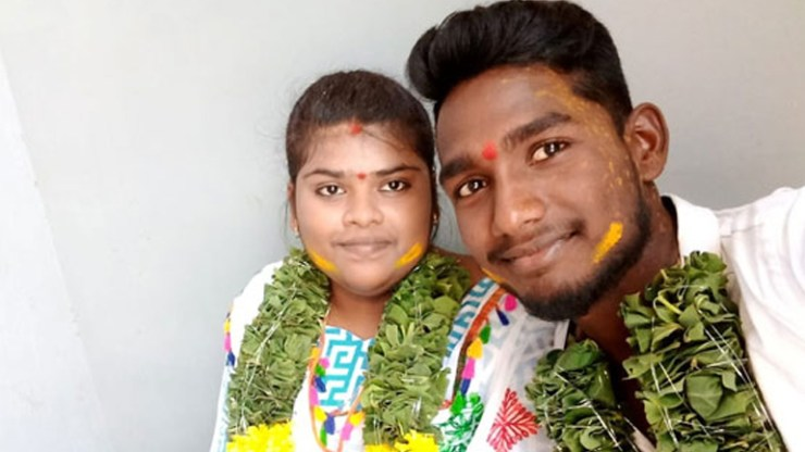 Lovers commits suicide with facebook live as their parents rejected marriage proposal in chandragiri of chittoor district andhra Pradesh