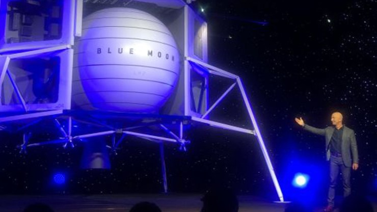 Jeff Bezos unveils lunar lander to take astronauts to the moon by 2024.