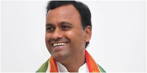 Komatireddy rajagopal reddy likely to join bjp.
