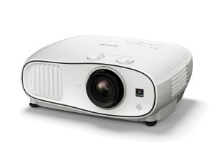 epson-introduces-latest-home-cinema-projector-at-gitex-2016