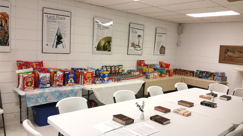 Our Savior Lutheran Church, in Morristown, TN came together for it's 4th annual Christmas outreach event for the Kingswood School