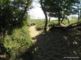 The path to Riley Beach