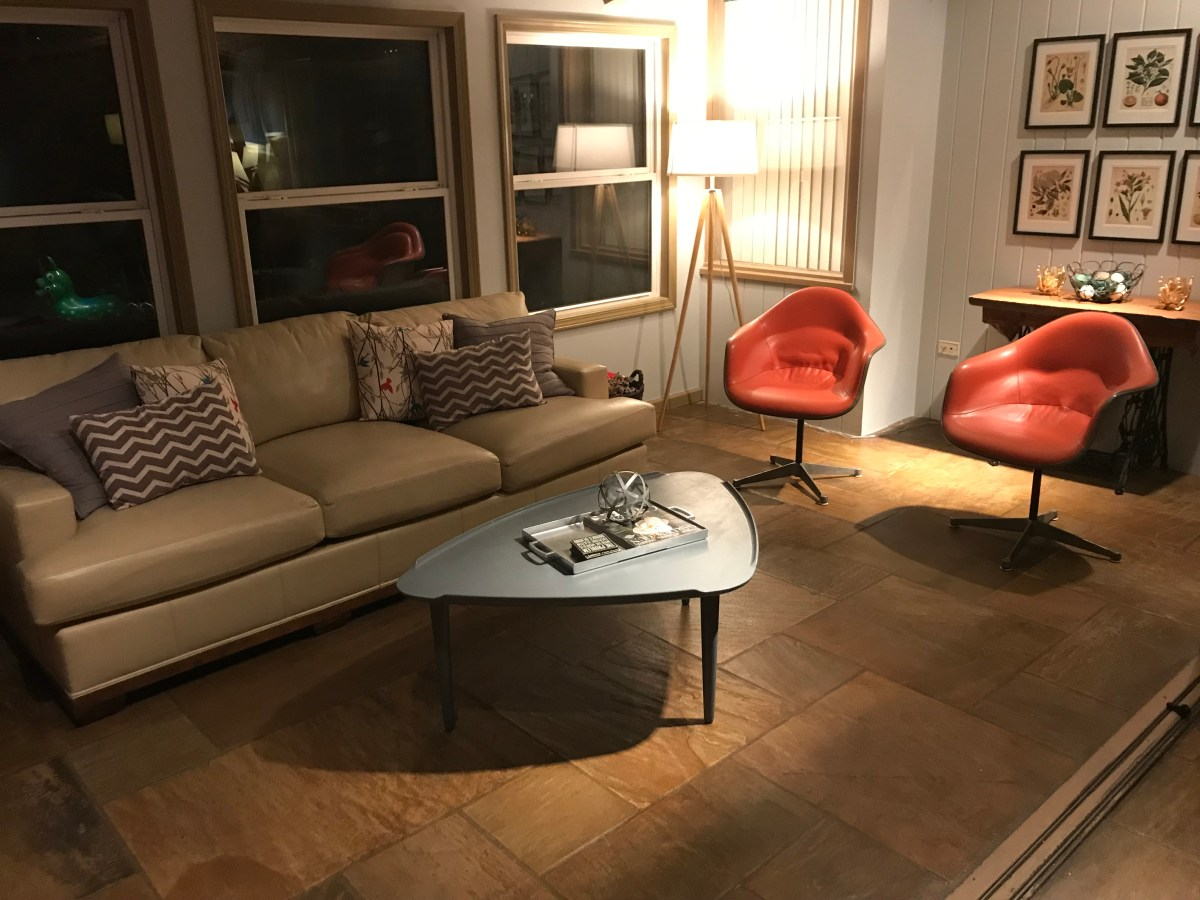 Mid Century Monday #9 – Eames chairs and kitchen scores