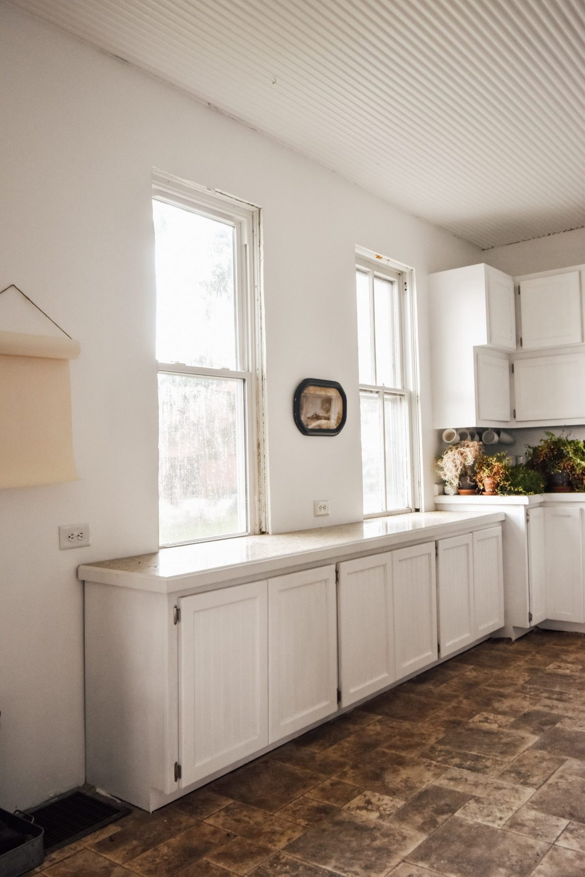 Creating a Farmhouse Eat In Kitchen