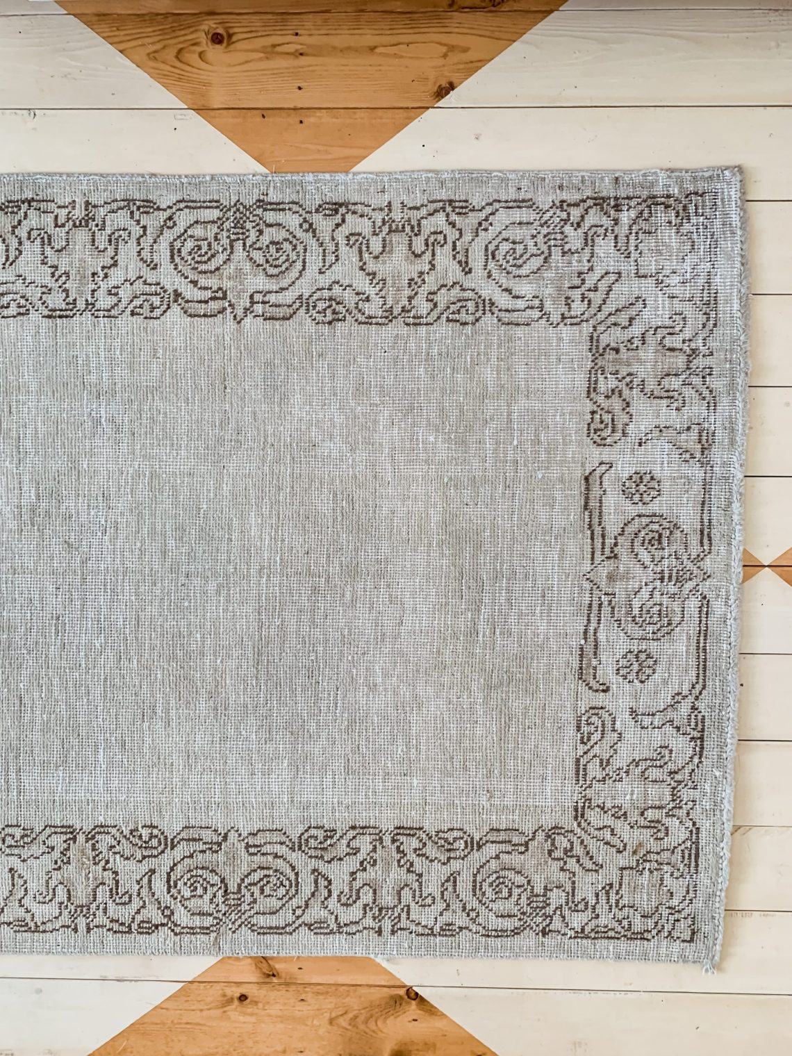 New and Antique Farmhouse Rugs
