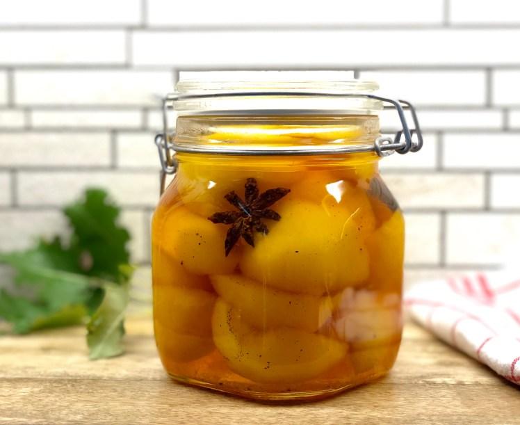 Inlagda päron med saffran vanilj och stjärnanis recept
