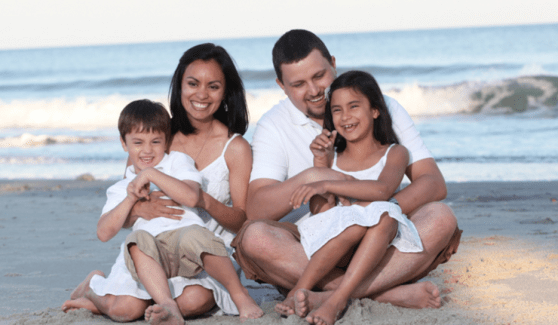 Family and Children Photography -Family portrait photography at the beach