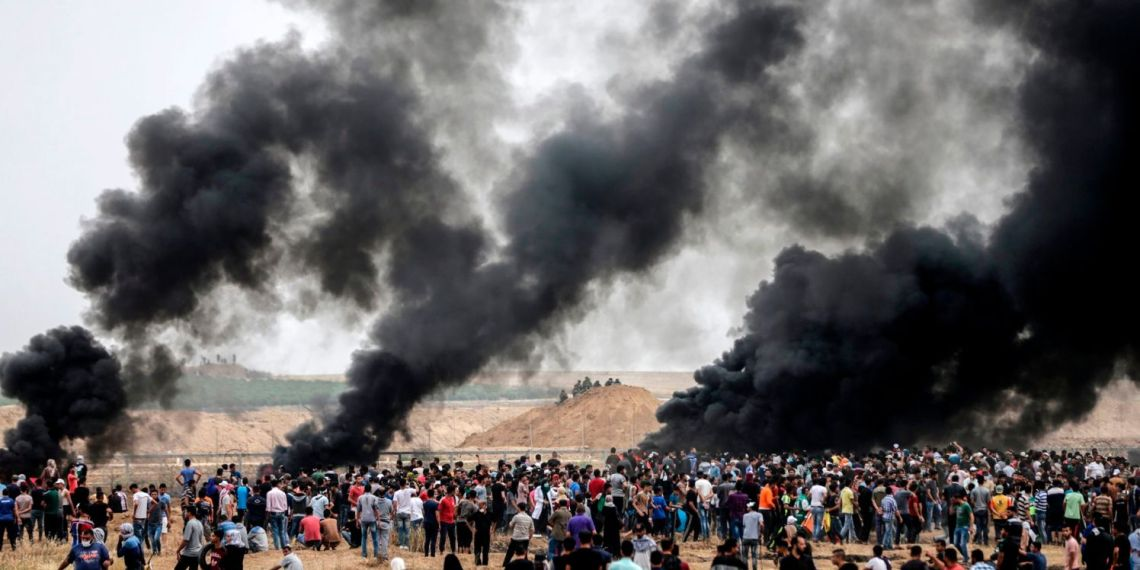 Palestinians clashing with Israeli troops on the Gaza border, May 4, 2018.Mahmud Hams / /AFP